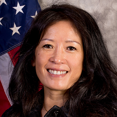 photo, official photo of Lynn Nguyen