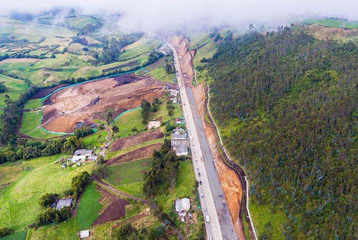 photo, Colombia toll road, DFC, OPIC, US International Development Finance Corporation